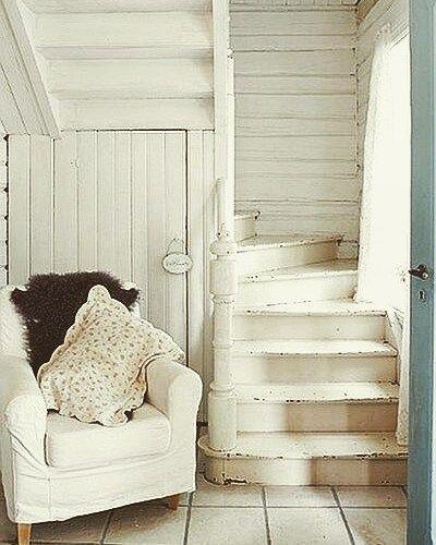 iheartshabbychic Tiny House Stairs | Simply Marie Tiny House Blog