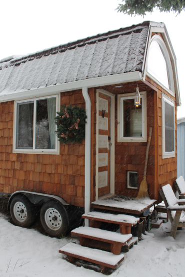 aatinyhouse snow - featured in Simply | Marie Tiny House Blog